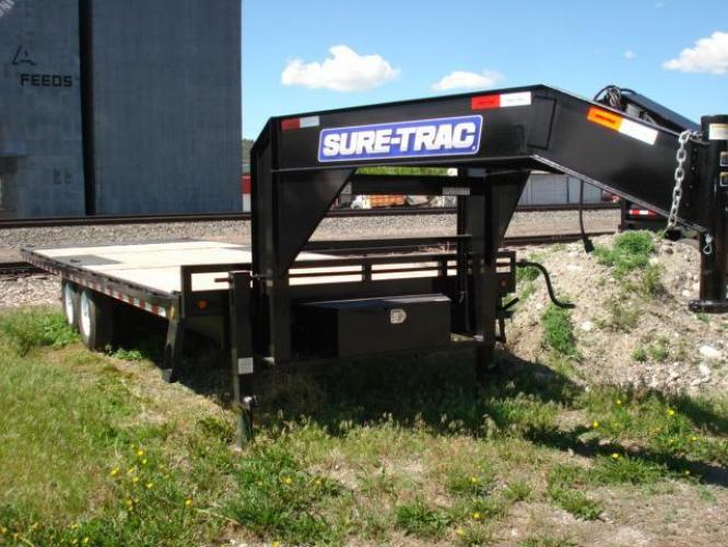 2018 Black SureTrac 81/2 x 24 GN Deckover P Tilt , located at 80 Big Timber Loop Road, Big Timber, MT, 59011, (406) 860-8510, 45.837139, -109.951393 - Photo #0
