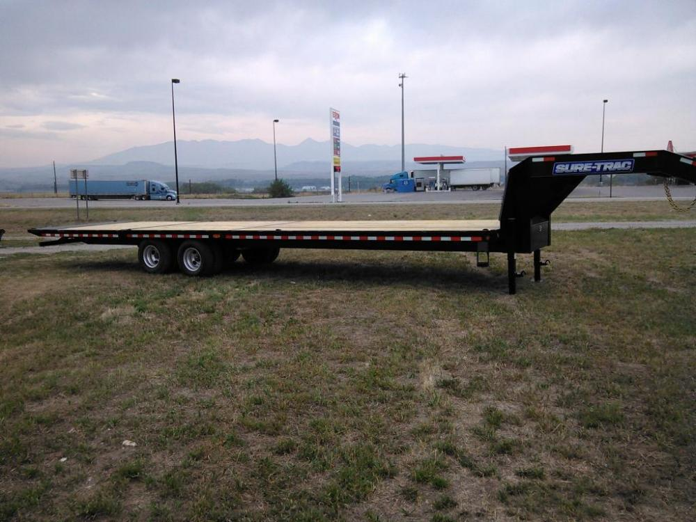 2021 Black SureTrac 81/2 x 35 GN Deckover w/ Power Dovetail , located at 80 Big Timber Loop Road, Big Timber, MT, 59011, (406) 860-8510, 45.837139, -109.951393 - Photo #0