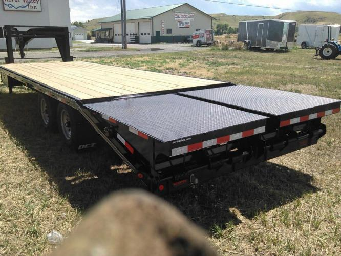 2019 Black DCT 81/2 x 25 GN Deckover , located at 80 Big Timber Loop Road, Big Timber, MT, 59011, (406) 860-8510, 45.837139, -109.951393 - Photo #2