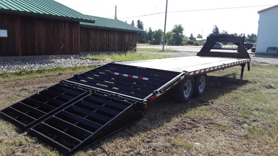 2021 SureTrac 81/2 x 25 GN Deckover , located at 80 Big Timber Loop Road, Big Timber, MT, 59011, (406) 860-8510, 45.837139, -109.951393 - Photo #6